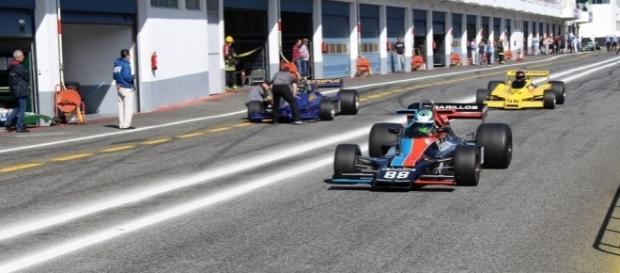 Os Fórmula 1 avançam para a corrida