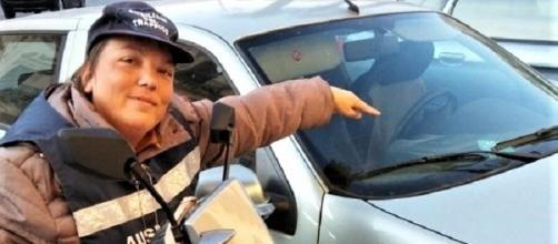 A Modica tre ragazzi con disabilità affiancano i vigili per multare chi parcheggia abusivamente