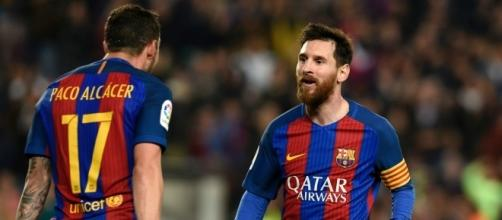 Alcacer y Messi FC Barcelona rumbo a Francia