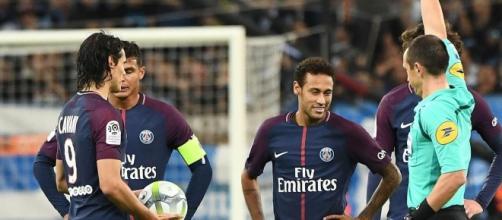 Carton rouge Neymar lors du match OM - PSG