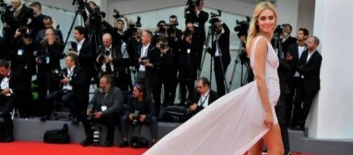 Chiara Ferragni incinta sul red carpet