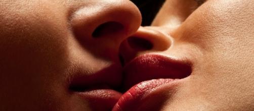 Descubra os signos mais viciados em beijar