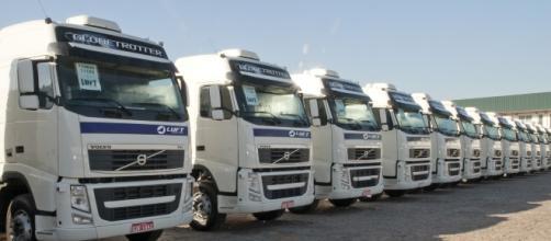Frota de caminhões da Luft Logistics