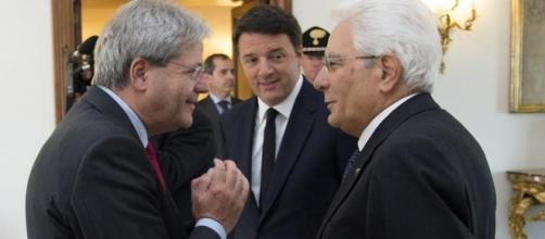 Mattarella e Gentiloni starebbero pensando di velocizzare la riconferma di Visco in Bankitalia per contrastare il piano politico di Renzi
