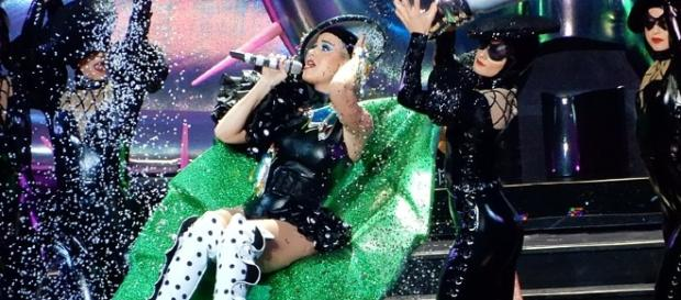 Katy Perry during her concert, Image Credit: slgckgc / Wikimedia