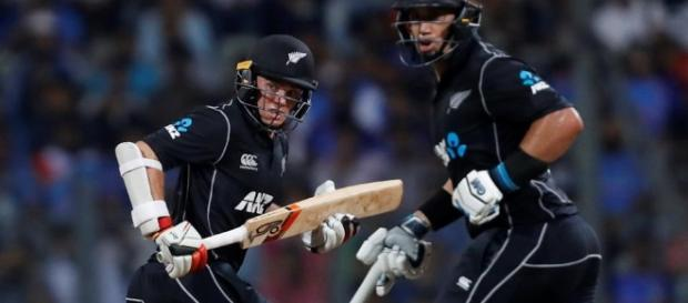 Latham and Taylor batting, 1st ODI, Mumbai: NZ beat India ... - hindustantimes.com