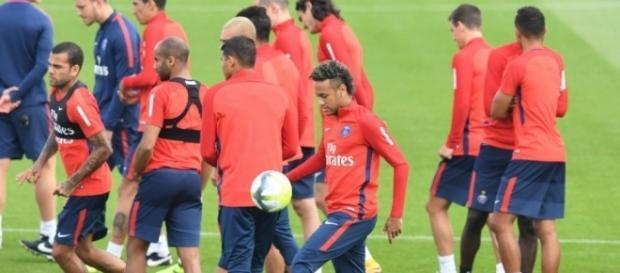 PSG : Lucas et Krychowiak absents de l'entraînement - Le Parisien - leparisien.fr
