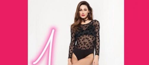 Anna Tatangelo ha festeggiato il milione di folloewer su Instagram