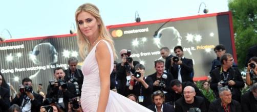 Chiara Ferragni sfila sul red carpet della Mostra del Cinema ... - gelocal.it