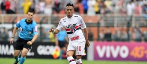 Cueva não desfalcará o São Paulo contra o Dragão