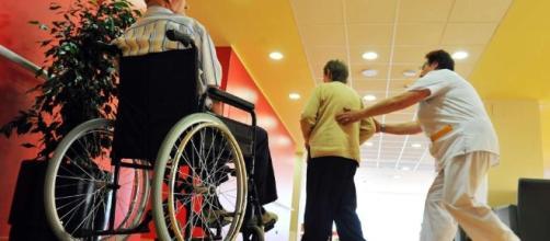 La ayuda social a mayores en su propio domicilio sube un 14% para ... - 20minutos.es