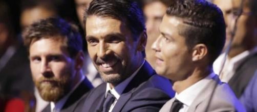 La broma de Cristiano a Buffon que dejó en ridículo a Messi ... - defensacentral.com