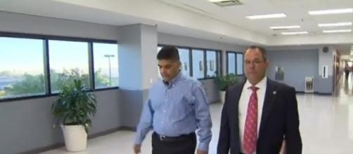 Wesley Mathews (left) entering court for child custody hearing. (Image Credit: CBSDFW/YouTube screencap)