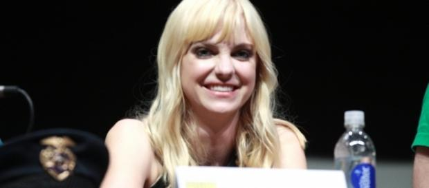 Anna Faris opens up about her split with Chris Pratt in new book. (Image Credit: Gage Skidmore/Wikimedia Commons)