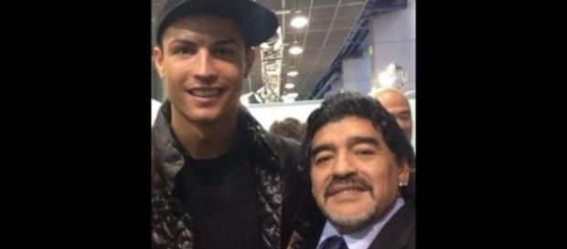 Diego Armando Maradona y Cristiano Ronaldo