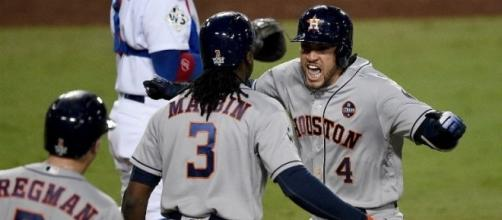 George Springer tuvo el HR definitivo en la 11va alta. Fox6Now.com.