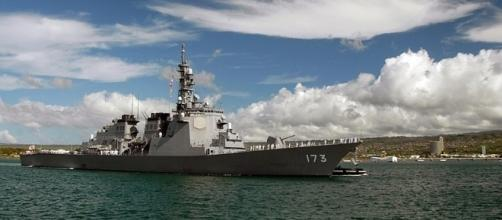 Japanese destroyer JS Kongo (Image via James E. Foehl /Wikimedia Commons)