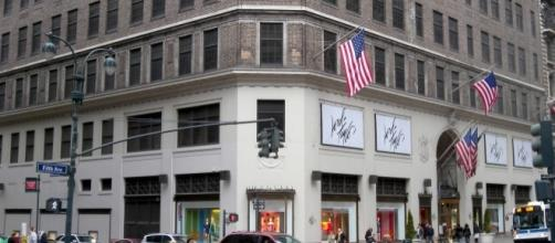 Lord and Taylor. [Image by Jim.henderson | Wikimedia Commons]