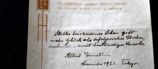 Nota de Albert Einstein con teoría de la felicidad | ELESPECTADOR.COM - elespectador.com