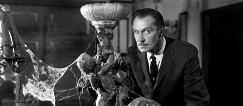 Vincent Price knew horror when he saw it and so do we. [Image via Pixabay]