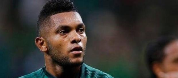 Borja faz dois, mas Palmeiras empata