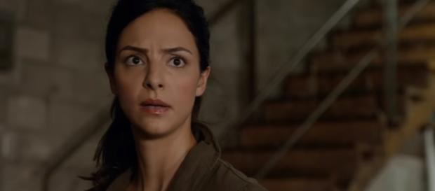 DC's Legends of Tomorrow | Zari Scene | The CW [Image Credit: CW Network Television/YouTube screencap]