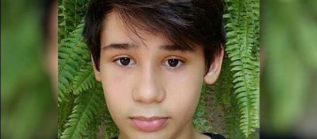 João Pedro Calembo, de 13 anos, e um colega foram mortos no Colégio Goyases, e outros 4 alunos foram feridos. A tragédia traz à tona o 'Bullying'