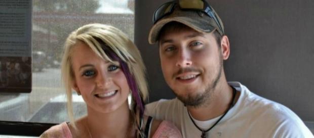 Leah Messer poses with ex-husband Jeremy Calvert. [Photo via Facebook]