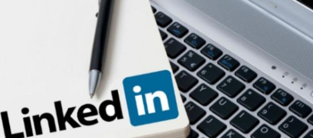 Linkedin scopri come iscriverti gratuitamente - Guide Informative - guideinformative.it
