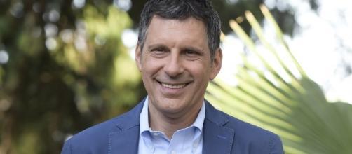 Fabrizio Frizzi, conduttore Rai 1
