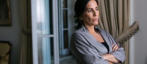 Gloria Pires interpreta Elizabeth em ''O Outro Lado do Paraíso''