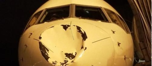 Impacto en el avión de los Thunder
