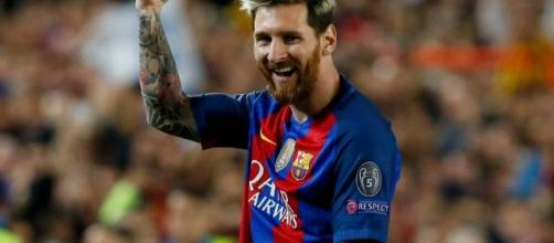 Lionel Messi signs new Barcelona contract - Voice of Nigeria - gov.ng