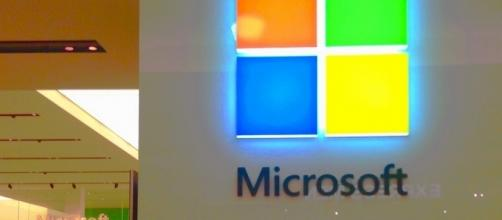 Microsoft is shutting down its Kinect sensor production. (Image Credit: Mike Mozart/Flickr)