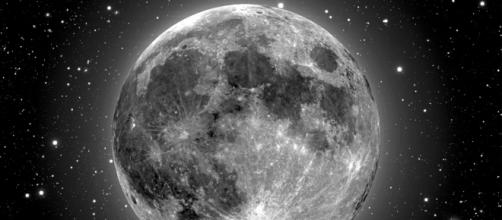 Modéstia à parte, seria este o satélite natural mais lindo do Sistema Solar