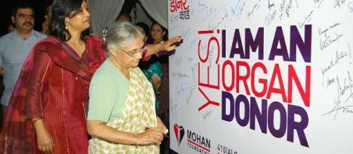 Organ Donors | image via wikipedia.org