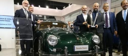 Porsche 356 A del 1956 vincitrice del concorso di restauro Porsche 2017