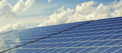Solar cells - [Photo via pxhere.com]