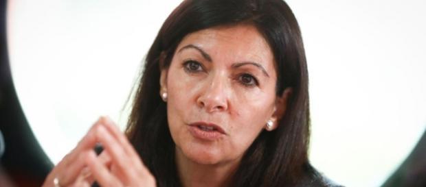 Accusée d'emploi fictif, Anne Hidalgo dément et compte porter ... - leparisien.fr