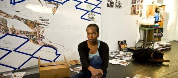 Njideka Akunyili Crosby all'opera con la sua tecnica del collage