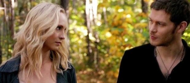 The Originals 5ª temporada: Caroline irá se encontrar com Klaus na Europa a pedido de Rebekah (Foto: CW/TVD)