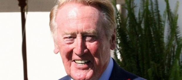 Vin Scully - floatjon via Wikimedia Commons