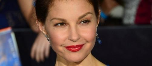 Ashley Judd alleges that Harvey Weinstein sexually harrassed her [Image via Mingle Media TV/Wikimedia Commons]
