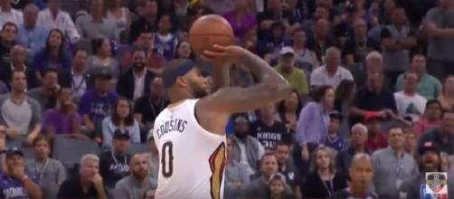 DeMarcus Cousins scored 41 points against his former team, Sacramento Kings. [Image Credit: Real GD's Latest Highlights/Youtube]