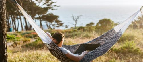 Hacer una siesta de 30 minutos al día es bueno para la salud