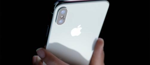 iPhone X, 6 mesi di attesa in Italia