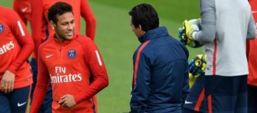 Neymar tendría problemas con Emery