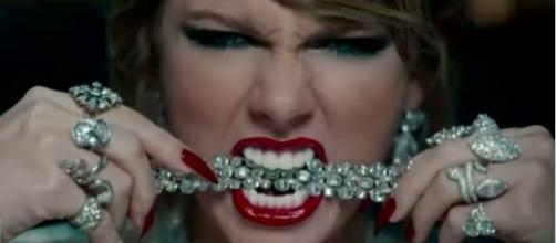 Taylor Swift Fans Divided Over Star's Edgy New Single: 'I Miss the Old Taylor'. (Image Credit: Inside Edition/YouTube screencap)
