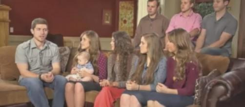 The Duggar Family [Image by RealityTVserieS/YouTube]