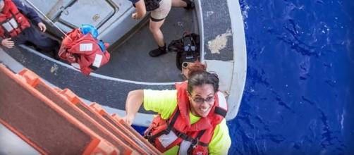 Two women and their dogs were rescued by the US navy after 5 months lost a sea [Image credit: USA TODAY/YouTube screencap]